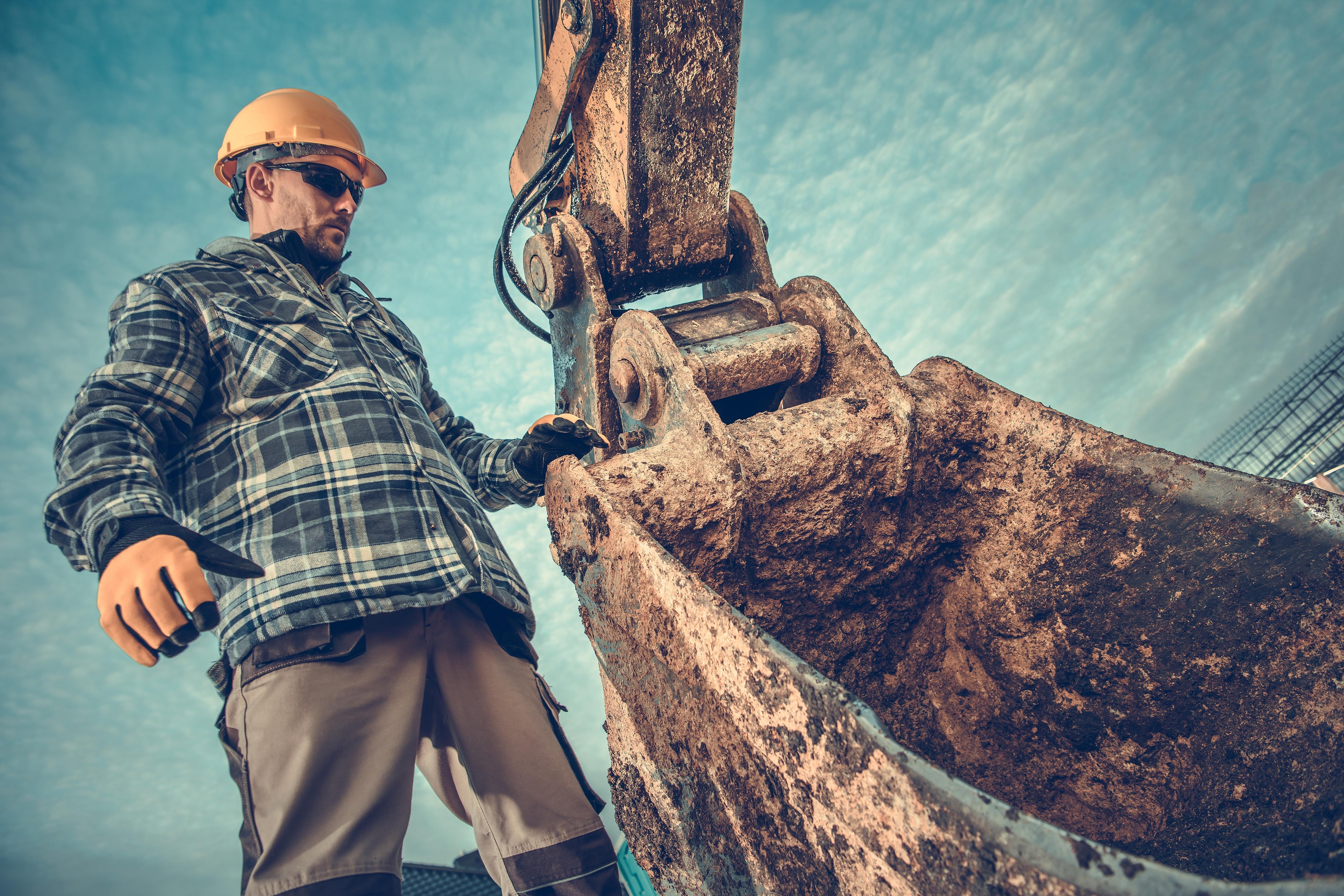 photodune-22810702-ground-works-excavation-xl